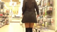 Hot Girl With Tunnel Plug, Shopping In Public