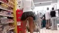 WOW. Lovely Butt-Plug In Public :O